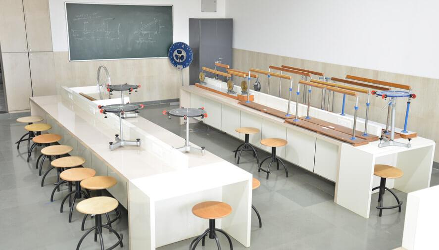 Applied Mechanics Lab